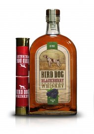 Bird Dog Blackberry w/2 Shot Glasses